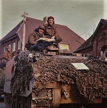 1976 A Esk 103 Verkbat Oef Wildbaan bij Lohne Inz. Arnhoud de Beaufort 3
