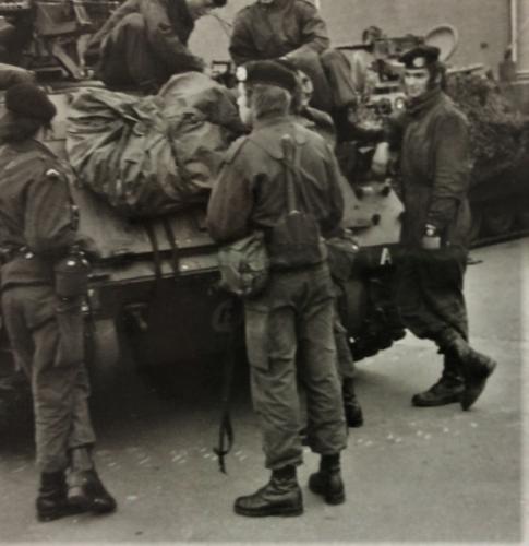 1976 A Esk 103 Verkbat Oef Wildbaan bij Lohne Inz. Arnhoud de Beaufort 4