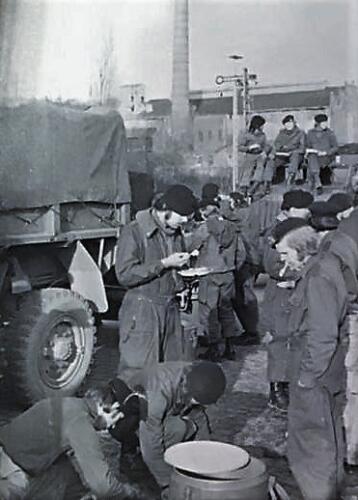 1976 A Esk 1e Pel 103 Verkbat