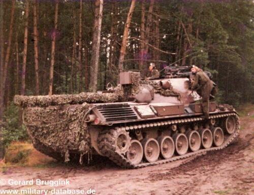 1977 - 1978 A-Esk 103 Verkbat Actiefoto's tijdens oefening (3)