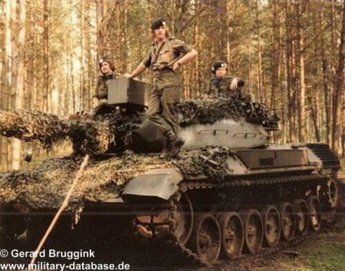 1977 - 1978 A-Esk 103 Verkbat Actiefoto's tijdens oefening (5)