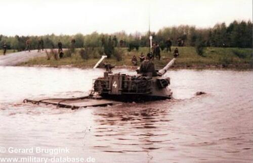 1977 - 1978 A-Esk 103 Verkbat Doorwading Leop I
