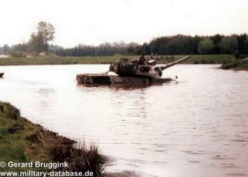 1977 - 1978 A-Esk 103 Verkbat Doorwading Leop I Foto's Huz Bruggink (3)