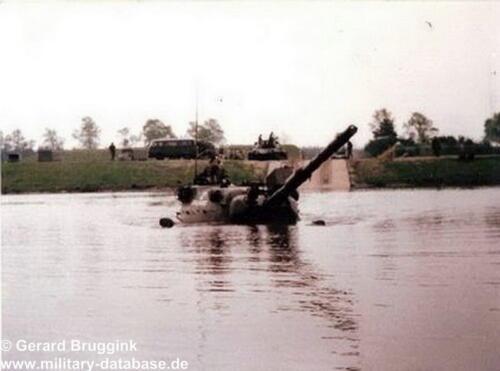 1977 - 1978 A-Esk 103 Verkbat Doorwading Leop I Foto's Huz Bruggink (4)