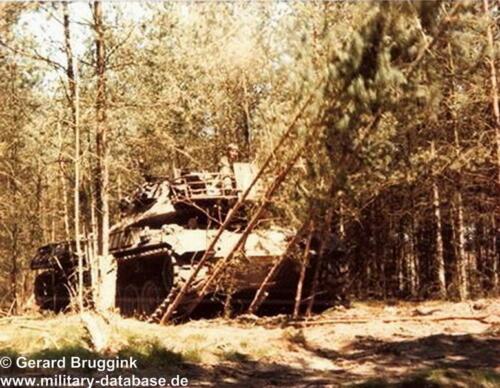 1977 - 1978 A-Esk 103 Verkbat Het pad wordt geffend