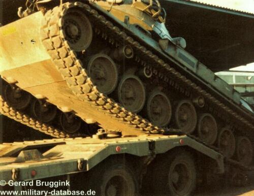 1977 - 1978 A-Esk 103 Verkbat 'Op transport' (3b)