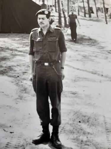 1977 A-Esk 103 Verkbat; Oef 'Entre Nous' Appel te velde door Ritm Wolters, achtergrond Plv. Elnt Zoomers (Inz. Tom Zoomers)