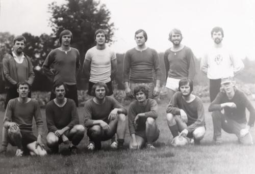 1978 103 Verkbat Voetbalteam Aesk met o.a. li Elnt Tom zoomers en re Wmr I Leo de Graaff. Inz Zoomers