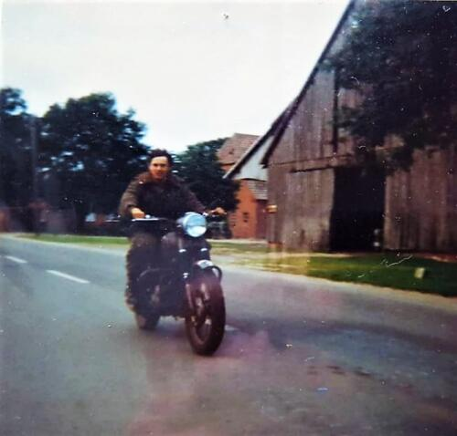 1978 1982 B Esk en 1982 1985 A Esk waaronder ook T. Langejans 103 Verkbat. Inz. Marius Siepman 11