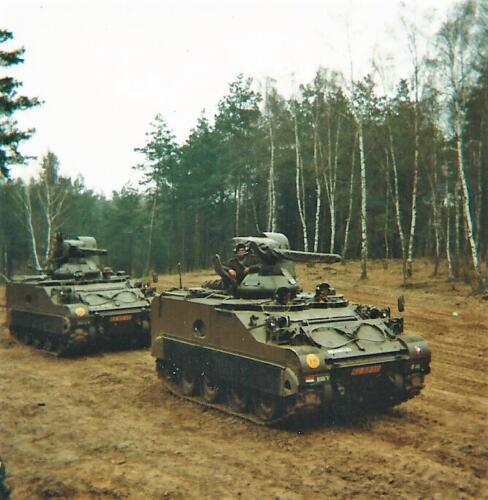 1980 03 tm 12 B esk 3e pel. 103 Verkbat Oefening 2 x CV bij Luneburger Heide li 79 5 en 6. Inz. knt Kees C.M. Blom 103