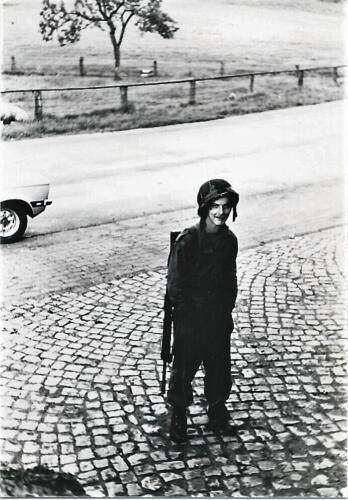 1980 03 tm 12 B esk 3e pel. 103 Verkbat Oefening. Amsterdammer en tirailleur Jan Bethlehem weggelopen uit The Longest Day Inz. knt Kees C.M. Blom 103