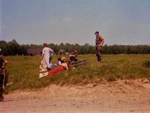 1980 04 22 103 Verkbat Damesschietdag in Hohne. Hoofdsch instr. Maj Bruinink