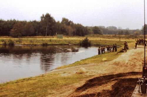 1980 1981 A Esk 103 Verkbat 3. Schieten varen oefening en ouderweekend. Inzender Wmr Arthur Vuijk
