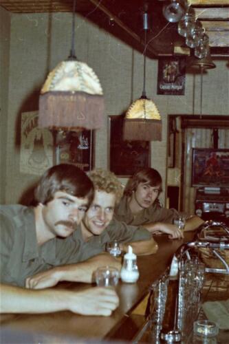 1980 1981 A Esk 103 Verkbat 33. Schieten varen oefening en ouderweekend. Inzender Wmr Arthur Vuijk