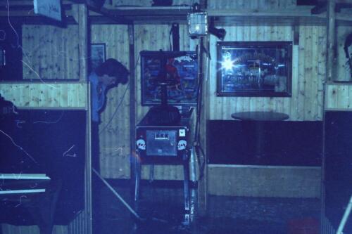 1980 1981 A Esk 103 Verkbat 34. Schieten varen oefening en ouderweekend. Inzender Wmr Arthur Vuijk li 80 02 1