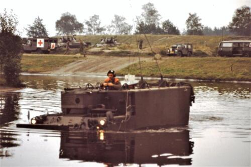 1980 1981 A Esk 103 Verkbat 5. Schieten varen oefening en ouderweekend. Inzender Wmr Arthur Vuijk