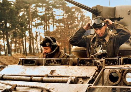 1980 A Esk 103 Verkbat 1 Oefening Entre Nous met Wmr John Mullers. Kpl Wmr John Emmen.