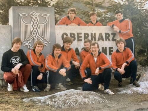 1980 A Esk 103 Verkbat 2 Boeselagerteam Harz. Vooraan Tlnt Peter vd Aker