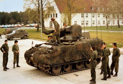 1980 A-Esk 103 Verkbat; Behendigheid test M113 CV Boeselager Hannover,. Foto Kpl-Wmr John Emmen