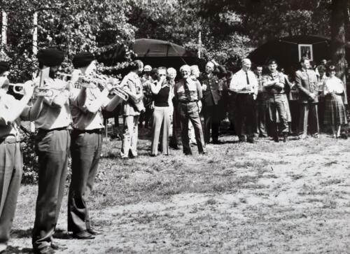 1981-05-12 103 Verkbat; Schietserie, militaire attachés op bezoek. BC Lkol Eleveld en S 1 Ritm Zoomers (Inz. Tom Zoomers)  (1)
