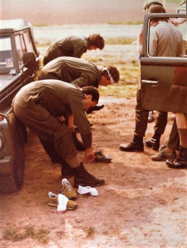 1981 A Esk 103 Verkbat Deelname Boeselager. Gereedmaken en afzien... Inz. Pedro Haans 3