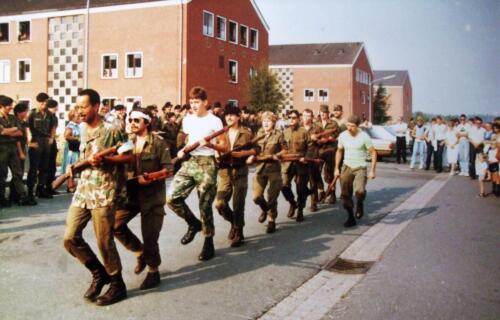 1982 SSV Esk 103 Verkbat Ouderweekend. Exercitie o.l.v. Wmr I de Haas Inz. Jan Cremers