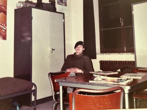 1983 1984 A Esk 103 Verkbat 4. Manschappenkamer. Lichting 83 5 Foto Nicky van Nimwegen