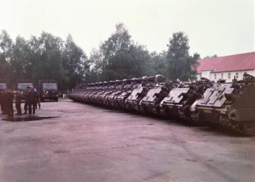 1983 1984 A Esk 103 Verkbat Op de plaat rust Lichting 83 5 Foto Nicky van Nimwegen