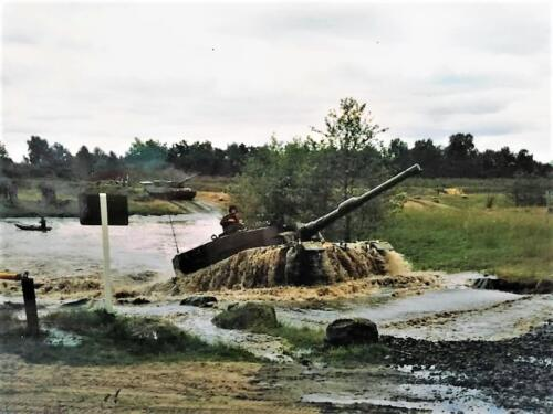 1983 1984 A esk 103 Verkbat EC Ritm vd Aker. Oefeningen en schietseries. Inz. Paul VdF Mulder 10
