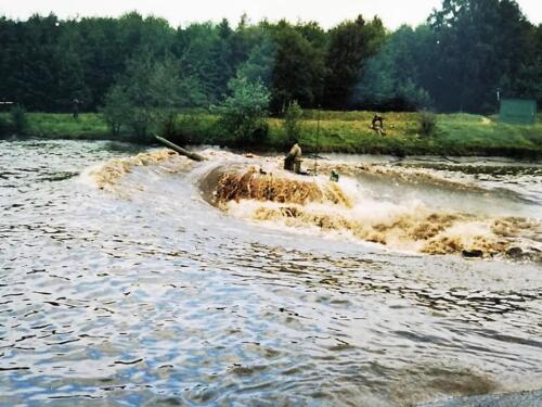 1983 1984 A esk 103 Verkbat EC Ritm vd Aker. Oefeningen en schietseries. Inz. Paul VdF Mulder 8