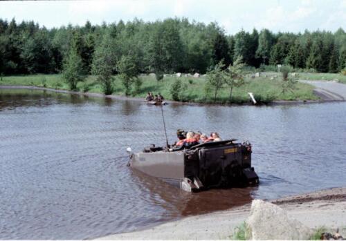 1983 1987 B Esk 103 Verkbat Amfibische oversteek met M113 Inz. Wmr I Jan Pol 2