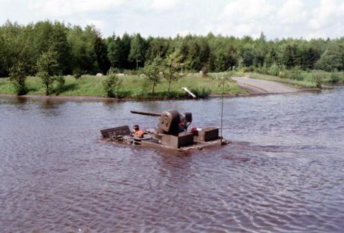 1983 1987 B Esk 103 Verkbat Amfibische oversteek met M113 Inz. Wmr I Jan Pol 6