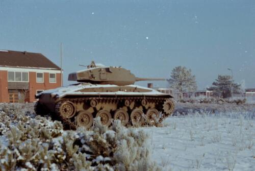 1983 1987 B Esk 103 Verkbat Besneeuwde legerplaats Seedorf rond de jaarwisseling Inz. Wmr I Jan Pol 8
