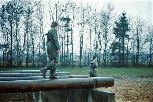 1983 1987 B Esk 103 Verkbat Boeselager Hindernisbaan ook die in Seedorf. Inz. Wmr I Jan Pol 17