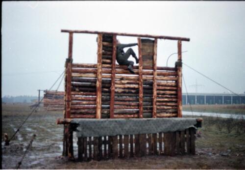1983 1987 B Esk 103 Verkbat Boeselager Hindernisbaan ook die in Seedorf. Inz. Wmr I Jan Pol 21