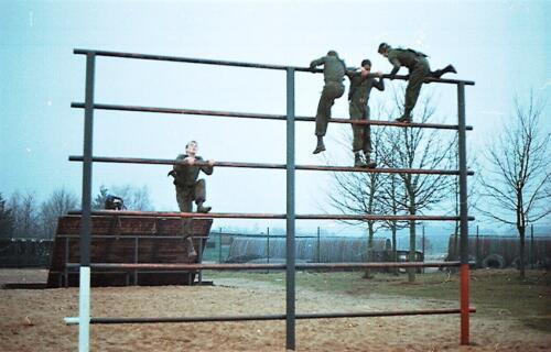 1983 1987 B Esk 103 Verkbat Boeselager Hindernisbaan ook die in Seedorf. Inz. Wmr I Jan Pol 28