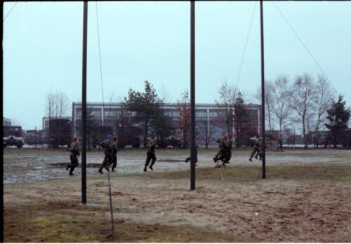 1983 1987 B Esk 103 Verkbat Boeselager Hindernisbaan ook die in Seedorf. Inz. Wmr I Jan Pol 5