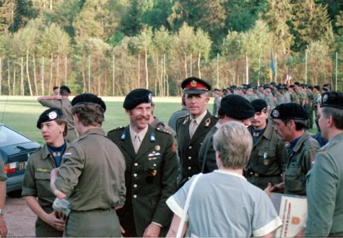 1983 1987 B Esk 103 Verkbat Boeselager wedstrijden De winnende ploegen en de bewonderaars. Inz. Wmr I Jan Pol 11