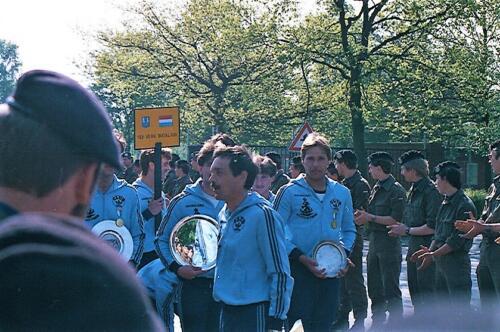 1983 1987 B Esk 103 Verkbat Boeselager wedstrijden De winnende ploegen en de bewonderaars. Inz. Wmr I Jan Pol 17