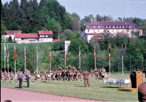 1983 1987 B Esk 103 Verkbat Boeselager wedstrijden De winnende ploegen en de bewonderaars. Inz. Wmr I Jan Pol 18
