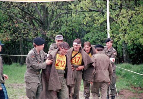 1983 1987 B Esk 103 Verkbat Boeselager wedstrijden Fysieke testen Hardloopparcours. Inz. Wmr I Jan Pol jpg 21