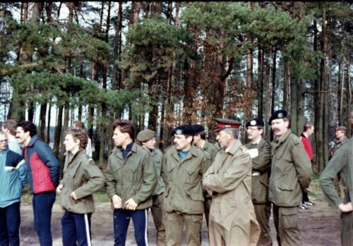 1983 1987 B Esk 103 Verkbat Boeselager wedstrijden Fysieke testen Hardloopparcours. Inz. Wmr I Jan Pol jpg 8