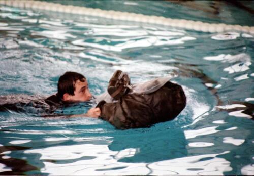 1983 1987 B Esk 103 Verkbat Boeselager wedstrijden Fysieke testen Roeien en zwemmen. Inz. Wmr I Jan Pol 5