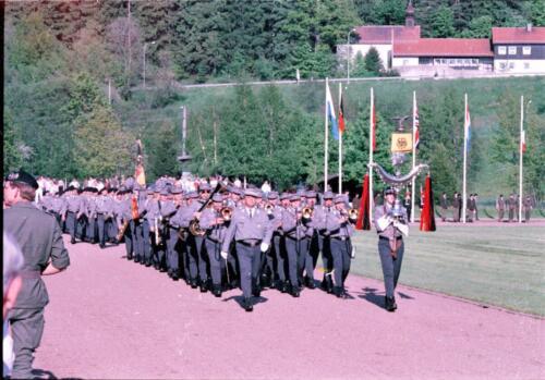 1983 1987 B Esk 103 Verkbat Boeselager wedstrijden. Defile. Inz. Wmr I Jan Pol 1