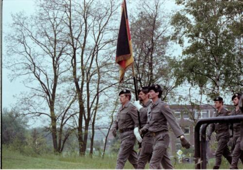 1983 1987 B Esk 103 Verkbat Boeselager wedstrijden. Defile. Inz. Wmr I Jan Pol 2
