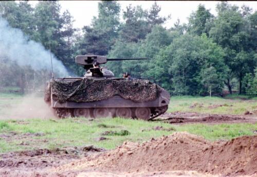 1983 1987 B Esk 103 Verkbat Boeselager. Behendigheidstesten en materieel show. Inz. Wmr I Jan Pol 59.
