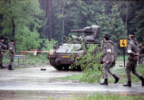 1983 1987 B Esk 103 Verkbat Boeselager. Behendigheidstesten. Inz. Wmr I Jan Pol 6
