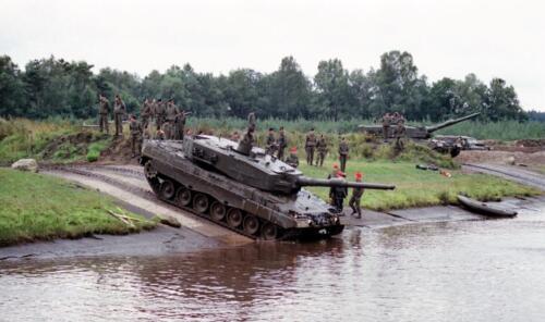 1983 1987 B Esk 103 Verkbat Diepwaden met Leopard II Inz. Wmr I Jan Pol 2