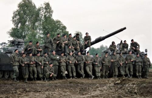 1983 1987 B Esk 103 Verkbat Groeps en vtgbemanningen Leopard Inz. Wmr I Jan Pol 11