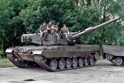1983 1987 B Esk 103 Verkbat Groeps en vtgbemanningen Leopard Inz. Wmr I Jan Pol 14